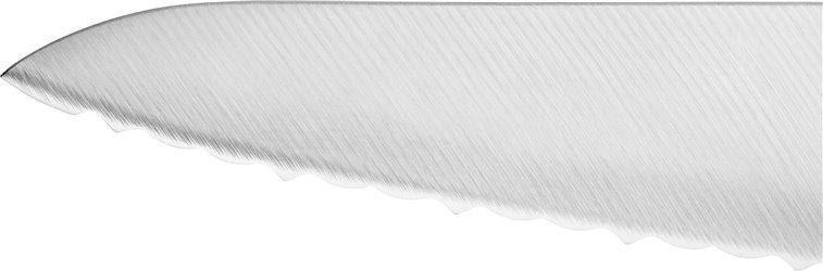 Kompaktowy nóż szefa kuchni z ząbkami Zwilling Pro - ostrze