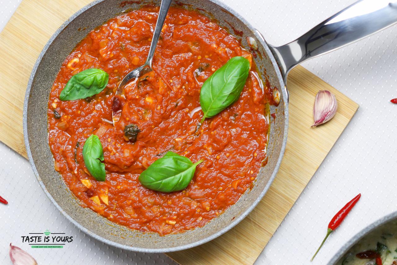 Włoski sos Marinara