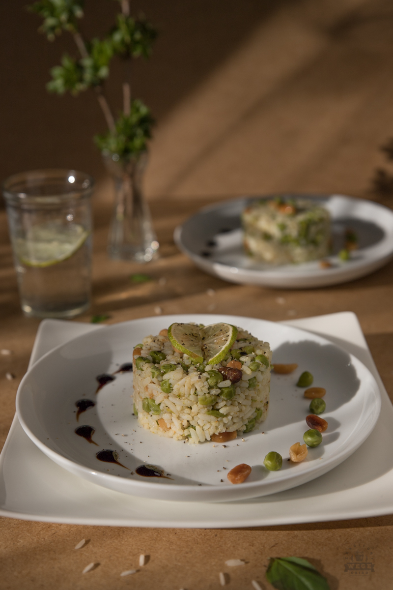 Ryż z groszkiem i orzechami