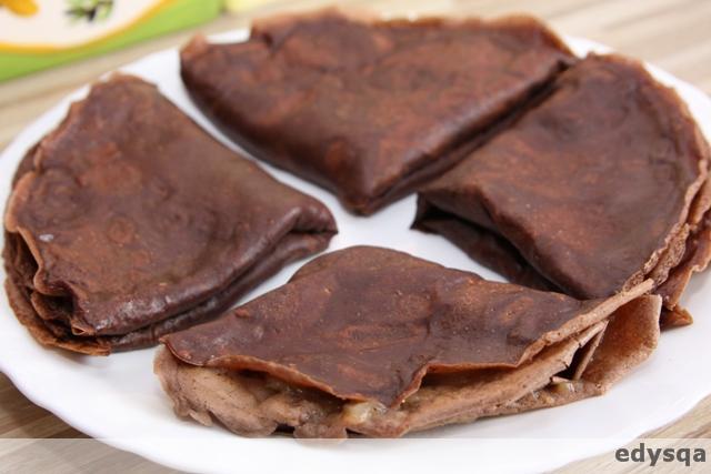 Kakaowe naleśniki z bananem